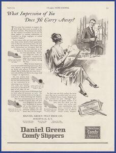 Vintage 1924 DANIEL GREEN Comfy Slippers Shoes Fashion Ephemera Print Ad 1920's