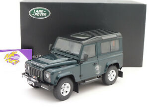 """Kyosho 08901G # Land Rover Defender 90 Baujahr 2007 in """" antreegrün """" 1:18 RAR"""