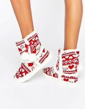 SIZE 3 - 4 BOUX AVENUE RED WHITE CHRISTMAS POMPOM SLIPPER BOOTS BOOTIES SMALL