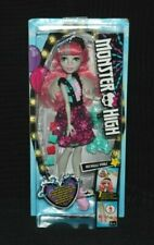 Monster High Party Ghouls Rochelle Goyle Doll inc Accessories BNIB