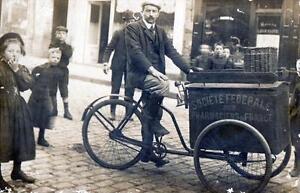 CPA 75 PARIS CARTE PHOTO CYCLE TRIPORTEUR PUBLICITAIRE SOCIETE FEDERALE DES PHAR