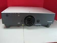 PANASONIC PT-D5500UL LARGE VENUE PROJECTOR 5000 LUMENS, ONLY 3340 RUNTIME HOURS