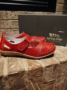 Spring Step Women's Streetwise Red Leather  no tie Ankle Straps size 9
