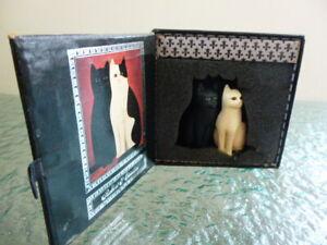 Figurine Classical Cats by Martin Leman Handpainted Pewter Robert & Caroline