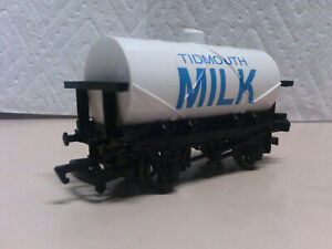 Bachmann Trains Thomas and Friends Tidmouth Milk Tanker 77048 HO/OO