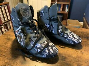 Otomix Stingray Camo Lifting MMA Grappling Shoes - Mens Size 10/Womens Size 11.5
