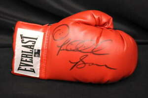 RIDDICK BOWE SIGNED EVERLAST BOXING GLOVE RED RIGHT HOLO JB1358