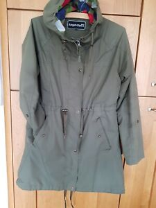 Target Dry Womens Emily Light Weight Mid Length parka style Raincoat Size S 12