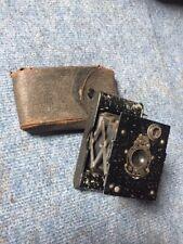 CUSCINETTO A SFERE Kodak otturatore pieghevole FOTOCAMERA VINTAGE USA Pellicola A-127 Custodia Originale