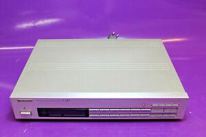 Pioneer F-443 FM/AM Digital Synthesized HiFi Tuner