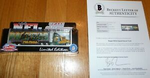 BECKETT REGGIE WHITE SIGNED GREEN BAY PACKERS SEMI-TRUCK COLLECTIBLE IN BOX 7999