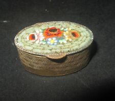 petit pilulier ancien micro mosaïque et laiton