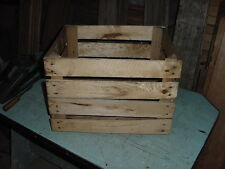 VINTAGE WOOD APPLE FRUIT POTATO CRATE BOX 17 x 14 x 12 DALY ORCHARDS