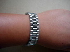 SOLID STAINLESS STEEL PRESIDENT STYLE OF MENS WRIST BRACELET WITH HIDDEN CLASP