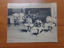 Vtg Wire Press Photo Animation California Raisin I Heard Through The Grapevine