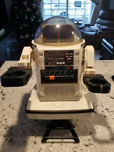 Vintage 1984 Tomy Omnibot 5402 Tape Player Cassette Robot HURRY!! LOOK 👀 👆👍