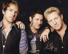 Rascal Flatts In-person AUTHENTIC Autographed Band Photo by all 3 COA SHA #35003