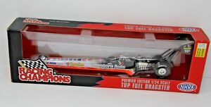 Shelly Anderson NHRA Top Fuel Dragster 1:24 Western Auto Parts Racing Champions