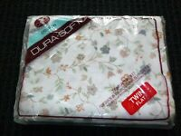 NOS Vtg Cannon Twin Flat Sheet Tan Gray Peach Floral Vines 80/20 Poly Cotton