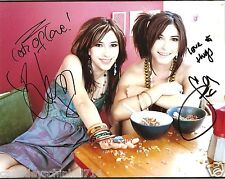 "The Veronicas band Reprint Signed 8x10"" Photo #1 RP Lisa & Jessica Origliasso"