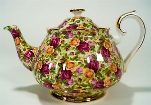 Royal Albert Old Country Roses OCR Chintz Collection 5 Cup Gold Footed Teapot