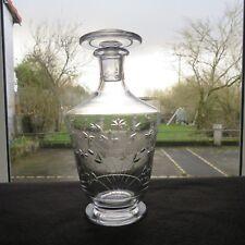 carafe en cristal de saint louis décor de fleur taillé signés 2