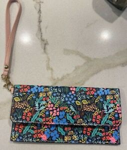 ANTHROPOLOGIE RIFLE PAPER CO. MEADOW FLORAL TRAVEL WALLET WRISTLET PINK A39