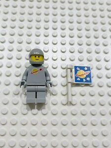 Lego Gray Spaceman Minifigure