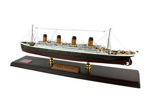 "RMS Titanic Cruise Ship Ocean Liner 30.5"" Wood Model Boat  Assembled"