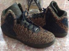 Nike Lebron XI NSW Lifestyle Men's Leopard Athletic Shoes Sz 11 #616766-301 EUC