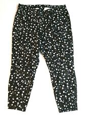 Lane Bryant High Rise Pants Size 18 Black Floral Tapered Leg Short Ankle Stretch
