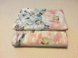 Pottery Barn Kinsley Full/ Queen Duvet Cover & 1 Standard Pillow Sham Watercolor