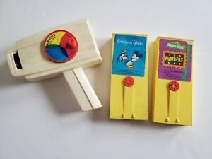 Vintage 1973 Fisher Price Movie Viewer 460 2 cartridges Lonesome Ghost Sesame #s