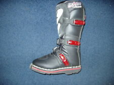 AXO Boxer Jr. Boots Size K10