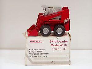Gehl 4610 Skid Steer - 1/25 - NZG #236 - N.MIB