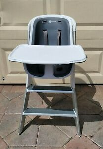 4moms high chair with Magnetic One-Handed Tray Attachment