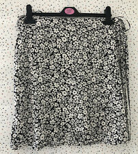 Brand New New Look Black Floral Wrap Skirt Size 12 Summer