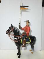 alte Kunststoff Figur Mountie Canadier Polizist Reiter Hausser Elastolin 10cm