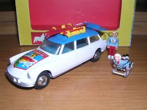 CORGI 499  CITROEN SAFARI '68 GRENOBLE WINTER OLYMPICS,  ACCESSORIES & BOX