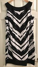Connected Women Black n White  Dress 18W NWT