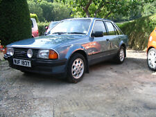 Ford Escort Mk3 1.6 Ghia 1 former keeper original condition