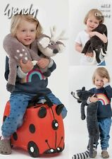 Wendy Childrens Cuddly Toys Deer Racoon Eider Chunky Yarn Knitting Pattern 6012