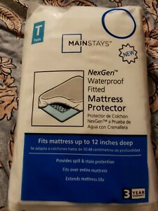 Mainstays Waterproof Fitted Mattress Protector Twin White