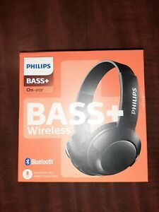 Philips BASS+ On Ear Wireless Bluetooth Headphones with Mic - Black.