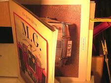 BEAU DOCUMENT MG 1925/1982 / 22 PHOTOS D'ART RELIEES/ EDIT.GRUND 1986