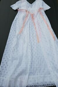 Vintage NOVITA LACE NEGLIGEE SET Night Dress Night Gown Womens Sz 12 White 1980s