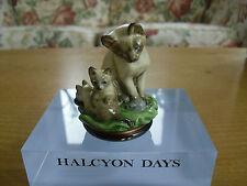 """Halcyon Days Siamese Cat Bonbonniere - 2 5/8""""(<6.75cms)"""