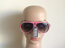 NEW PINK FRAME BLACK LENS FASHION WOMAN`S SPORT SUNGLASSES GLASSES