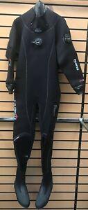 Brand-new Mares Pro Fit LX Drysuit. Black. size XL. Boot size 12