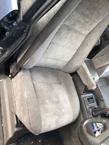 Lot1 Range Rover Classic Seats  All Parts Classic
